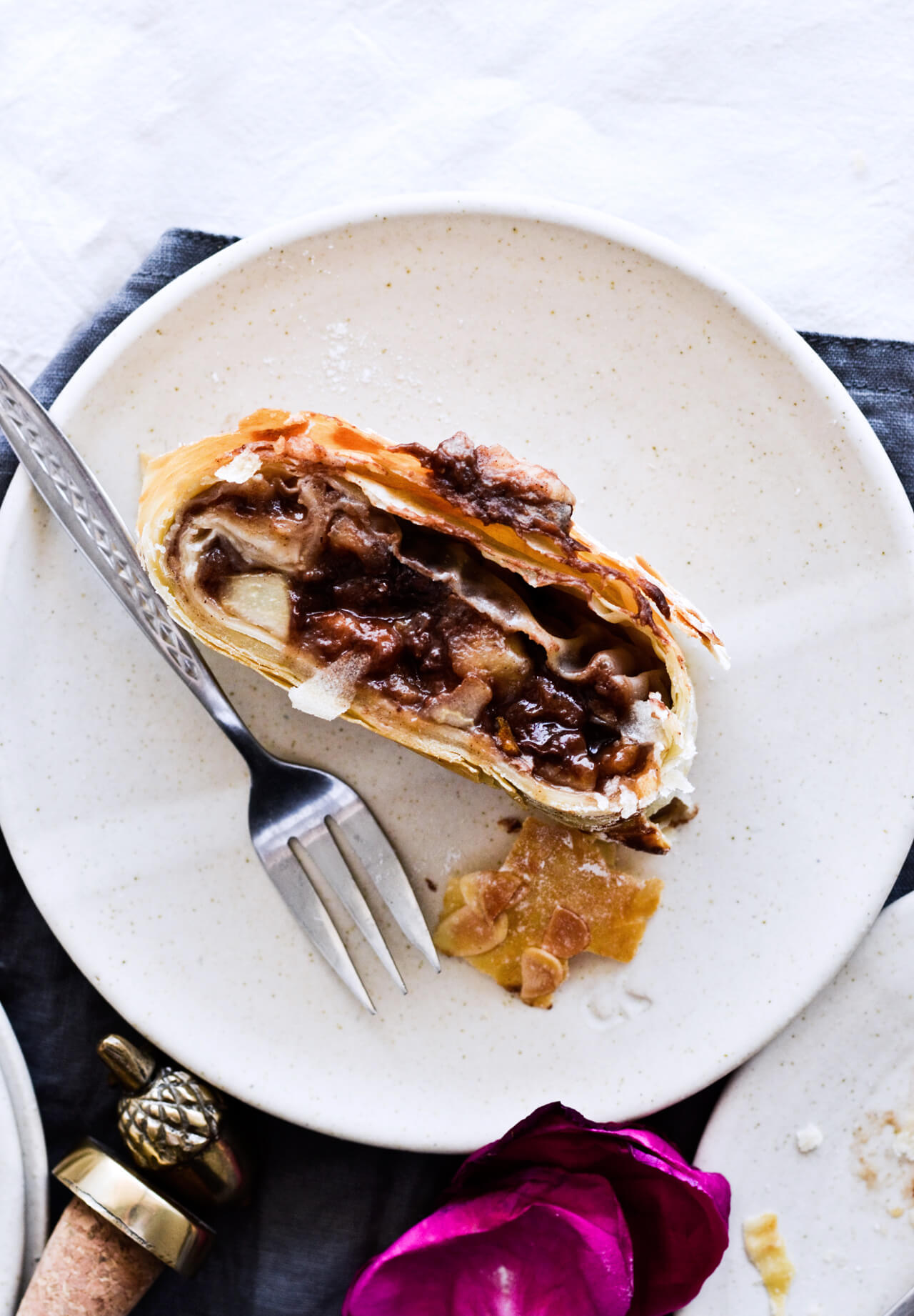 Easy chocolate pear strudel with cinnamon and almond flavor makes the perfect holiday dessert! Great warm or cold, made easily with phyllo pastry. Quick dessert!