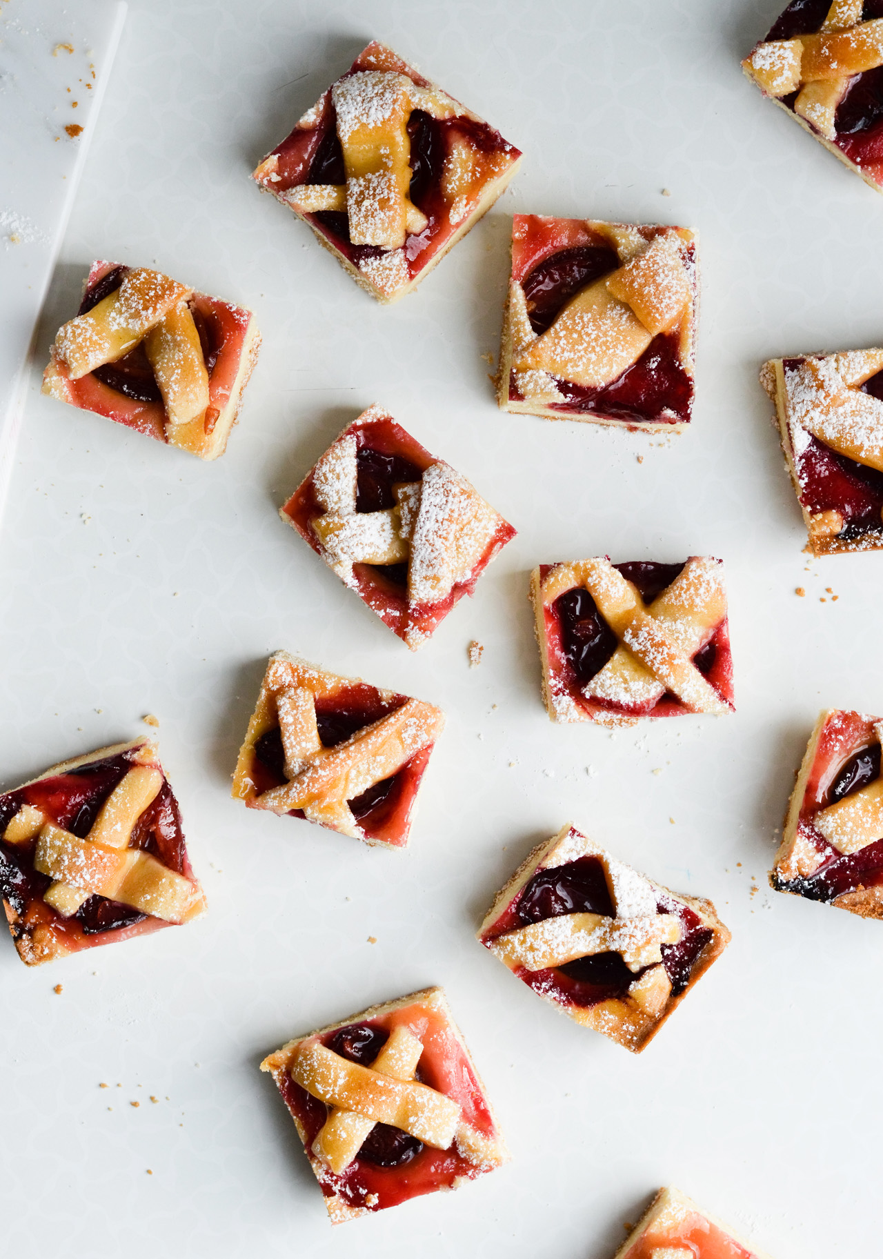 buttery plum pie bites - perfect bite sized pie cookies with plums, great for the family or girl brunch!