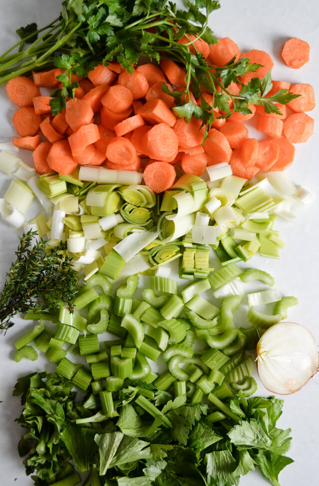 Simple quick vegetable stock for sauce, soups, risotto.