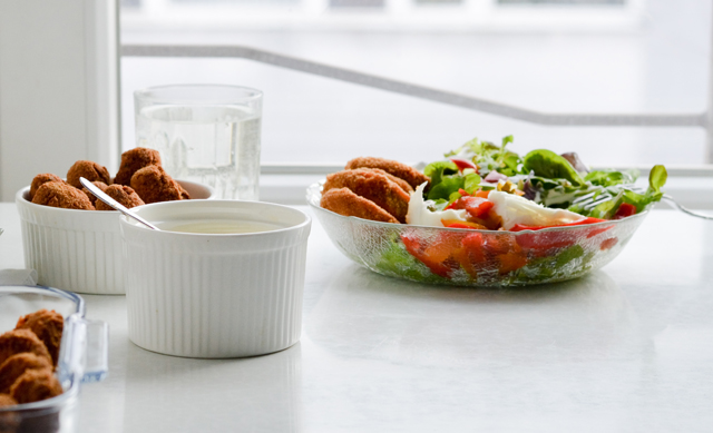 Sometimes you just need a comfort salad like this Fried zucchini salad with tartar sauce