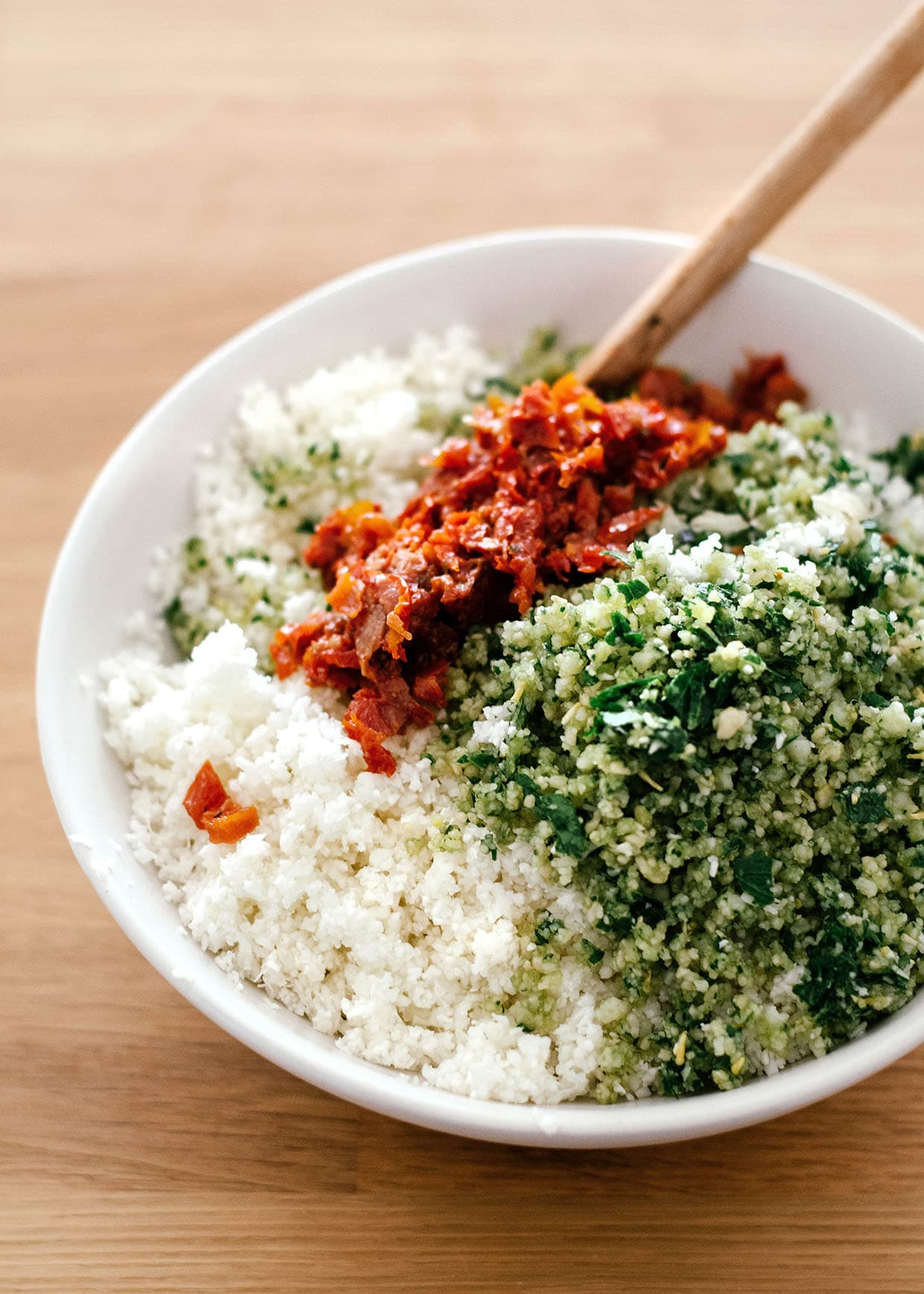 riced cauliflower with herbs and sun dried tomatoes